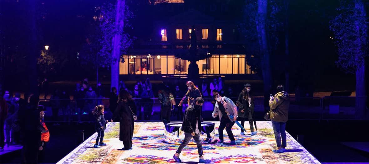 La nuit blanche à Paris avec Pool party, performances arty, chorégraphies démentes, expos by night, concerts pour les enfants