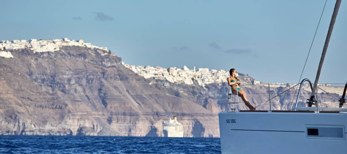 La Marina d'Oia sur la mer Egée