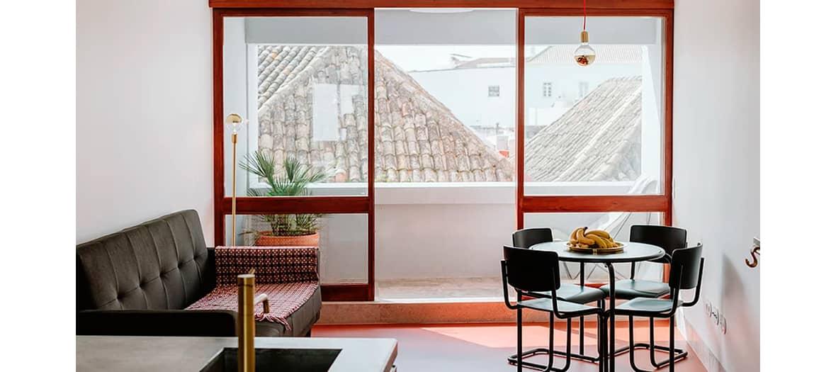 L'hôtel The Modernist par Joel Santana