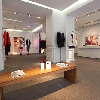 une nouvelle boutique claudie pierlot dans le marais news mode do it in paris. Black Bedroom Furniture Sets. Home Design Ideas