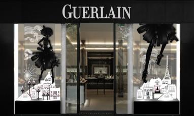 La petite robe noire, le pop-up store Guerlain
