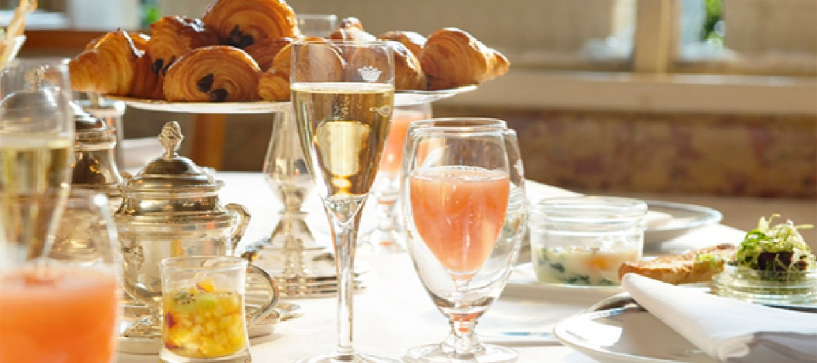 brunch-crillon-320
