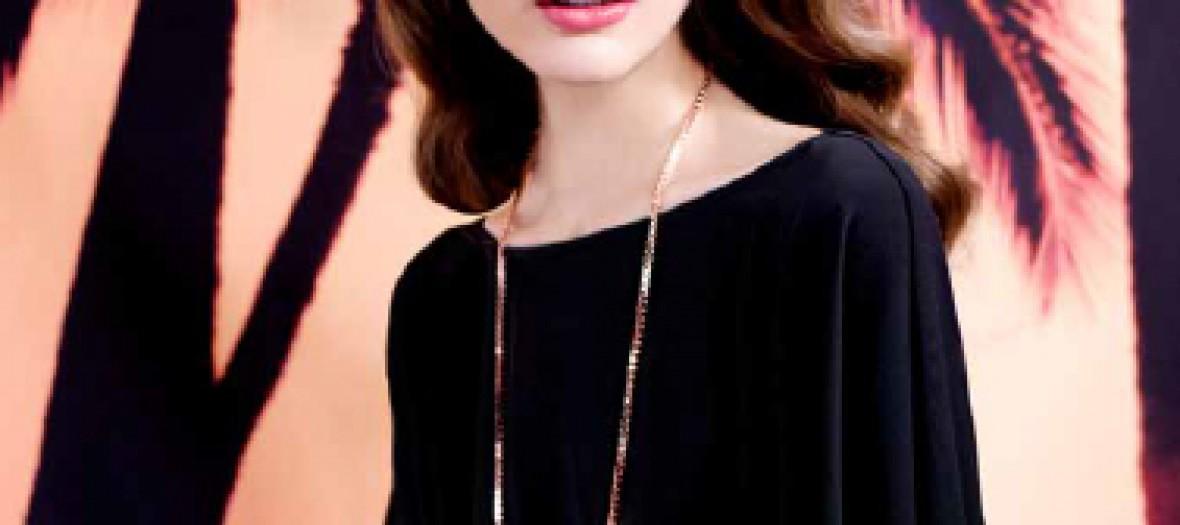 outlet volume grand 100% qualité garantie Bijoux fantaisies et petite robe noire - Paule Ka - 30 coups ...