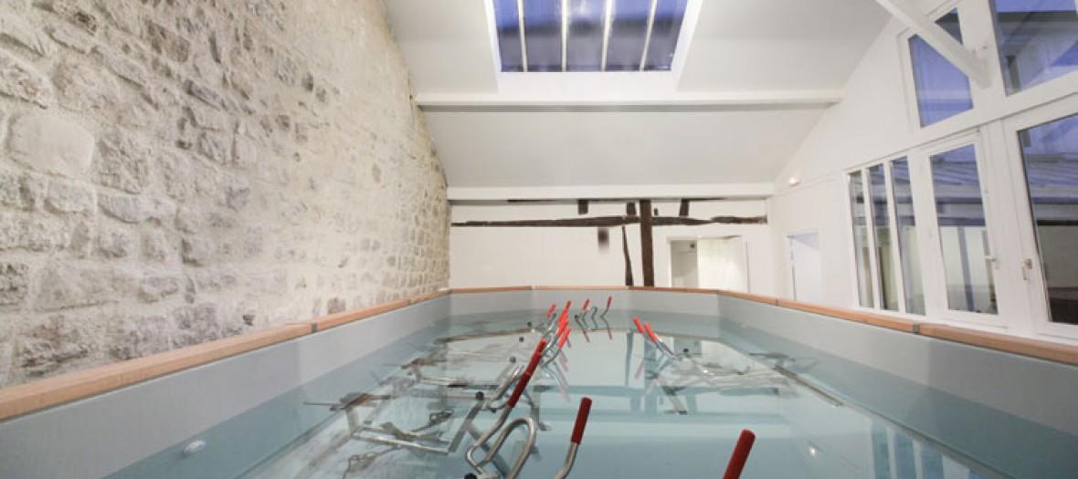 p daler dans l 39 eau. Black Bedroom Furniture Sets. Home Design Ideas