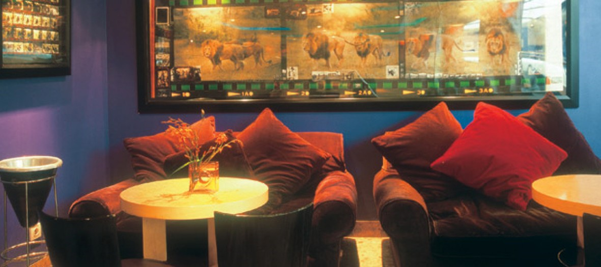 une folle soir e l alcazar en mode clubbing soft le lieu le come back hype made in st. Black Bedroom Furniture Sets. Home Design Ideas